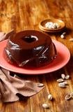 Μαρμάρινο κέικ φυστικιών, σοκολάτας και βανίλιας Στοκ φωτογραφίες με δικαίωμα ελεύθερης χρήσης