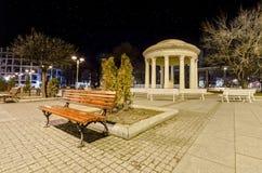 Μαρμάρινο ρομαντικό μνημείο των Σκόπια, Μακεδονία στο τετράγωνο Στοκ φωτογραφία με δικαίωμα ελεύθερης χρήσης