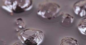 Μαρμελάδα κερασιών με το σιρόπι απόθεμα βίντεο