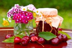 μαρμελάδα κερασιών στοκ φωτογραφία με δικαίωμα ελεύθερης χρήσης