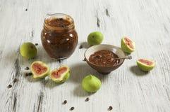 Μαρμελάδα σύκων και καφέ στοκ εικόνα