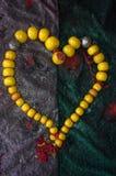 Μαροκινή καρδιά περιδεραίων berber ηλέκτρινη που διαμορφώνεται Στοκ Φωτογραφίες