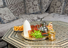 Μαροκινοί κώνος και τσάι ζάχαρης Στοκ Εικόνα