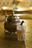 Μαροκινός χρόνος τσαγιού στοκ εικόνες