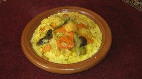 Μαροκινό πιάτο κουσκούς Στοκ φωτογραφία με δικαίωμα ελεύθερης χρήσης