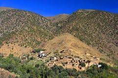 Μαροκινό χωριό στα βουνά αντι-ατλάντων Στοκ Εικόνες