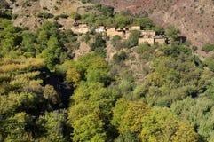 Μαροκινό χωριό στα βουνά αντι-ατλάντων Στοκ εικόνες με δικαίωμα ελεύθερης χρήσης