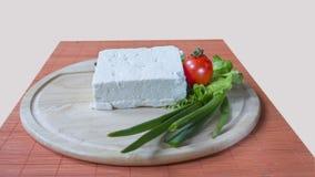 Μαρούλι, ντομάτα και κρεμμύδι κομματιών τυριών Στοκ Φωτογραφίες