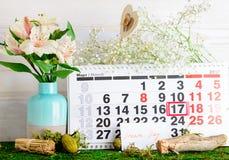 17 Μαρτίου ημέρα παγκόσμιου ύπνου, όνειρο στο ημερολόγιο Στοκ Εικόνες
