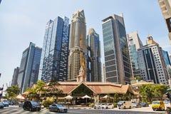 19 Μαρτίου 2019 - Σιγκαπούρη: Ουρανοξύστες μέσα κεντρικός της Σιγκαπούρης Κέντρο της πόλης με τους ουρανοξύστες, Σιγκαπούρη στοκ εικόνες