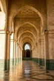Μαρόκο Arcade του Χασάν ΙΙ μουσουλμανικό τέμενος στη Καζαμπλάνκα Στοκ εικόνα με δικαίωμα ελεύθερης χρήσης