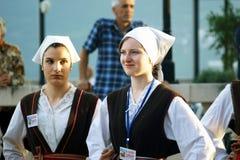 Μαυροβούνιο, ο Νοέμβριος Herceg - 28/05/2016: Κορίτσια του λαϊκού συνόλου Rakalj από Rakalj, Κροατία Στοκ Εικόνα