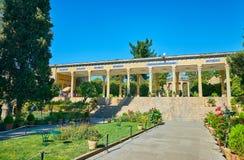 Μαυσωλείο επίσκεψης Hafez στη Shiraz, Ιράν στοκ εικόνα
