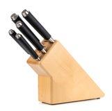 Μαχαίρια κουζινών σε μια ξύλινη στάση σε ένα άσπρο υπόβαθρο Στοκ φωτογραφίες με δικαίωμα ελεύθερης χρήσης