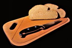 Μαχαίρι και ψωμί Στοκ εικόνα με δικαίωμα ελεύθερης χρήσης