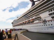 Μαϊάμι, ΗΠΑ - 10 Ιανουαρίου 2014: Κρουαζιερόπλοιο δόξας καρναβαλιού Στοκ Φωτογραφία