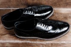 μαύρα αρσενικά παπούτσια Στοκ Εικόνες