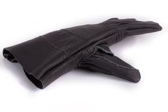 Μαύρα γάντια εργασίας στο άσπρο υπόβαθρο στοκ φωτογραφία με δικαίωμα ελεύθερης χρήσης
