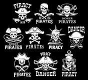 Μαύρα εικονίδια πειρατών για τις διανυσματικές σημαίες πειρατείας διανυσματική απεικόνιση