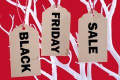 Μαύρα εισιτήρια πώλησης Παρασκευής από το δέντρο Στοκ Εικόνες