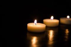 μαύρα κεριά ανασκόπησης Στοκ φωτογραφία με δικαίωμα ελεύθερης χρήσης