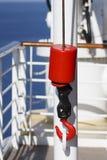 μαύρα κόκκινα σκάφη τροχαλιών αγκιστριών Στοκ Φωτογραφία