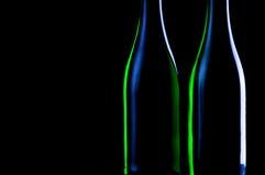 μαύρα μπουκάλια δύο ανασκόπησης Στοκ φωτογραφία με δικαίωμα ελεύθερης χρήσης