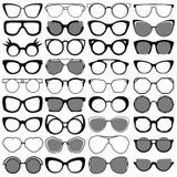 Μαύρα σύγχρονα γυαλιά ηλίου καθορισμένα Στοκ φωτογραφία με δικαίωμα ελεύθερης χρήσης