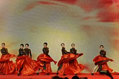Μαύρες αποδόσεις τουλίπα-τραγουδιού και χορού Στοκ εικόνες με δικαίωμα ελεύθερης χρήσης