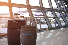 Μαύρες αποσκευές στο τερματικό αερολιμένων Στοκ φωτογραφία με δικαίωμα ελεύθερης χρήσης