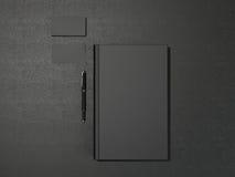 Μαύρες βιβλίο και επαγγελματικές κάρτες Στοκ Εικόνες