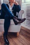 Μαύρες μπότες γυναικών δέρματος Στοκ φωτογραφία με δικαίωμα ελεύθερης χρήσης