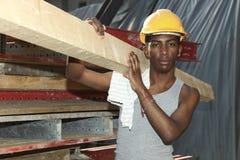 μαύρες νεολαίες εργαζ&omic στοκ φωτογραφίες