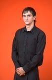 μαύρες νεολαίες πουκάμισων αγοριών Στοκ Εικόνες