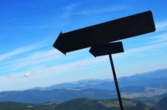 Μαύρες πινακίδες στα βουνά Στοκ εικόνα με δικαίωμα ελεύθερης χρήσης