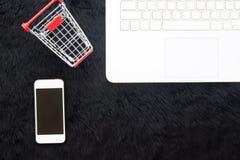 Μαύρη έννοια Παρασκευής και Δευτέρας Cyber, on-line που ψωνίζει Στοκ Εικόνες