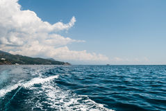 μαύρη ήρεμη θάλασσα Στοκ Εικόνες