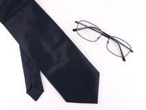 Μαύρη γραβάτα με τα γυαλιά Στοκ Εικόνες