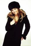 μαύρη γυναίκα καπέλων γουνών παλτών Στοκ Φωτογραφία