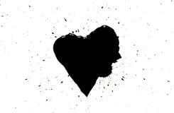 Μαύρη καρδιά με τους μαύρους παφλασμούς χρωμάτων γύρω από απομονωμένος στο λευκό Στοκ Φωτογραφίες