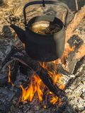 Μαύρη κατσαρόλα Στοκ εικόνες με δικαίωμα ελεύθερης χρήσης