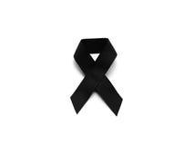 Μαύρη κορδέλλα για το πένθος στο άσπρο υπόβαθρο στοκ φωτογραφία
