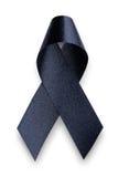 Μαύρη κορδέλλα συνειδητοποίησης Πένθος και σύμβολο μελανώματος Στοκ εικόνες με δικαίωμα ελεύθερης χρήσης