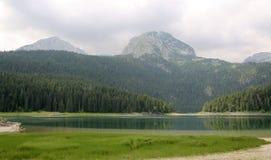 Μαύρη λίμνη Εθνικό πάρκο Μαυροβούνιο Durmitor Στοκ εικόνα με δικαίωμα ελεύθερης χρήσης