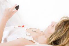 μαύρη πέτρα καρδιών Στοκ φωτογραφία με δικαίωμα ελεύθερης χρήσης