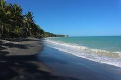 Μαύρη παραλία άμμου στη Βραζιλία στοκ φωτογραφία με δικαίωμα ελεύθερης χρήσης