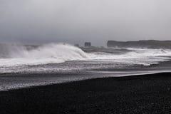 Μαύρη παραλία άμμου - Ισλανδία Στοκ Εικόνα