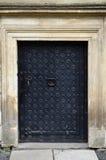 Μαύρη πόρτα Στοκ φωτογραφία με δικαίωμα ελεύθερης χρήσης