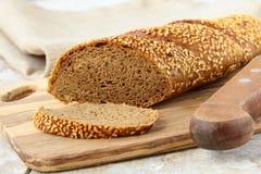 μαύρη σίκαλη ψωμιού baguette στοκ φωτογραφία