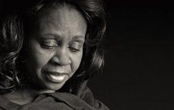 μαύρη στοχαστική γυναίκα στοκ φωτογραφία με δικαίωμα ελεύθερης χρήσης